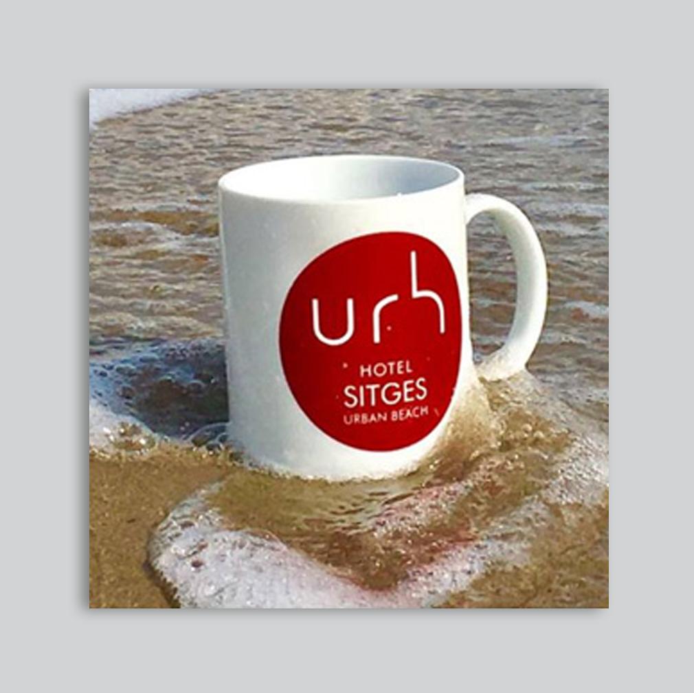 URH | Packaging – Gadgets – Branding – Impresión